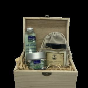 Кутия 4A Natural, натурална козметика за лице и тяло. Подаръчна кутия.