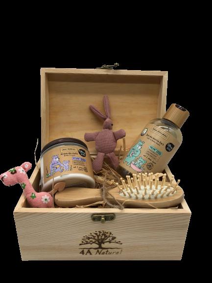 Кутия 4A Natural, натурална козметика за бебета. Подаръчна кутия.